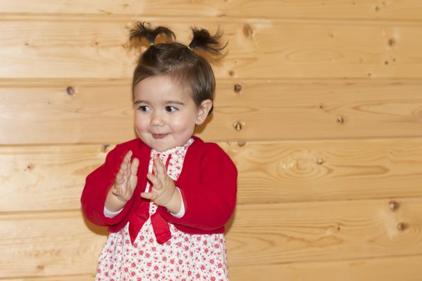Un Vestido Rojo De Niñas Para Lucir En Navidad Babynipos
