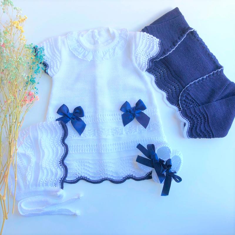 Vestido Princesa Blanco y Marino